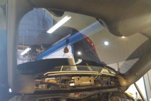 BMW ミニクロスオーバー 断熱フィルム施工