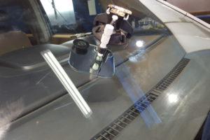 三菱 デリカD5 ウィンドウリペア18mm