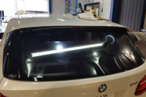 BMW2シリーズ アクティブツアラー断熱フィルム施工