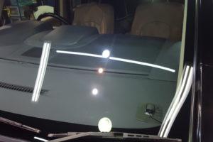 三菱 デリカD5 フロントガラス研磨