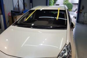 トヨタ プリウスα フロントガラス交換COATTECT