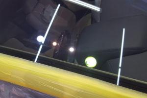 トヨタ アルファード30 フロントガラス磨き