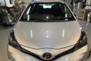 トヨタ ヴィッツ130 フロントガラス交換