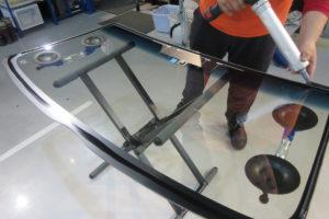 トヨタ ハイエース200系 フロントガラス交換COATTECT