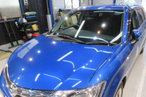 トヨタ カローラフィールダー160 フロントガラス交換