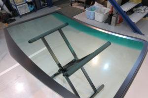 ホンダ モビリオスパイク フロントガラス交換