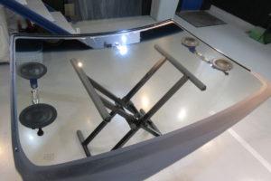 トヨタ エスクァイア80 コートテクト熱反射フロントガラス交換