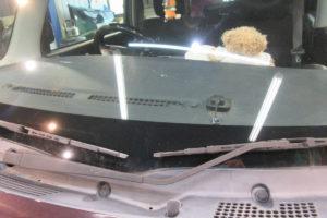 ダイハツ タントL375 フロントガラス交換