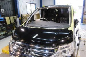 ホンダ ステップワゴンRK系 コートテクト熱反射フロントガラス交換