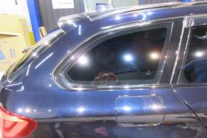 BMW 5ツーリング リア3面フィルム施工