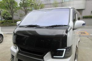 トヨタ ハイエース200系標準 コートテクト熱反射フロントガラス交換他