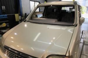 ホンダ ステップワゴンRF1 フロントガラス交換