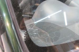 スバル プレオRA1 サンテクト断熱フロントガラス交換