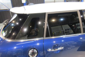 BMW ミニ 5D 断熱カーフィルム施工