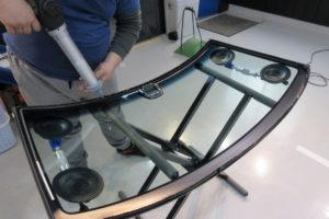 ホンダ N-BOX フロントガラス交換(衝突防止)