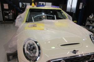 BMW ミニ クラブマン フロントガラス研磨