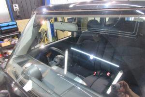 トヨタ bB NCP31 フロントガラス交換