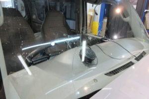 スズキ エブリィDA64V 純正品中古フロントガラス交換