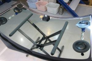 ダイハツ タント フロントガラス交換