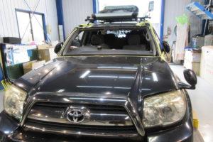 トヨタ ハイラックスサーフ210系 フロントガラス交換