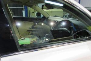 レクサス IS ガラス全面磨き
