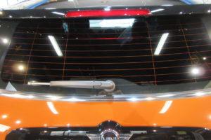 BMW ミニ クロスオーバー 断熱フィルム施工