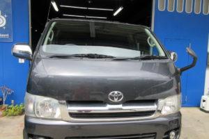 トヨタ ハイエース200系標準 純正品中古フロントガラス交換他