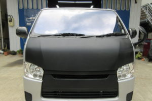 トヨタ ハイエース200系標準 フロントガラス交換COATTECT
