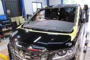 トヨタ アルファード30 コートテクト熱反射フロントガラス交換