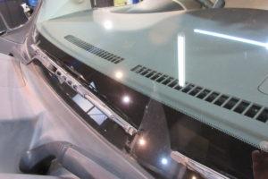 日産 キューブZ12 サンテクト断熱フロントガラス交換