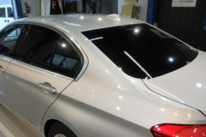 BMW 318i セダン 断熱フィルム施工