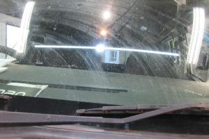 トヨタ ハイエース200系標準 中古純正フロントガラス交換