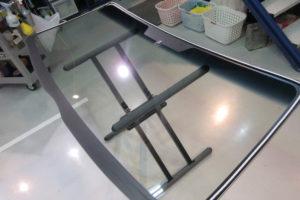 トヨタ ハイエースワイド フロントガラス交換COATTECT