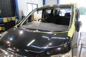 ホンダ ステップワゴンRK5 断熱フロントガラス サンテクト交換