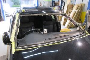 トヨタ クラウン180系 コートテクト熱反射フロントガラス交換