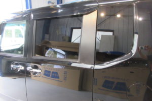 ホンダ N-BOX+ 断熱カーフィルム施工