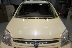 トヨタ ラウム フロントガラス交換