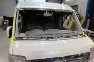 スズキ エブリィワゴンDA17 純正品中古BAS付フロントガラス交換