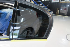 BMW 325i セダン 断熱フィルム施工