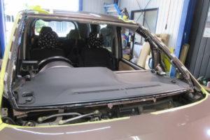 トヨタ ノア80 中古フロントガラス交換