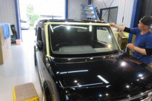 日産 キューブ Z11 フロントガラス交換COATTECT